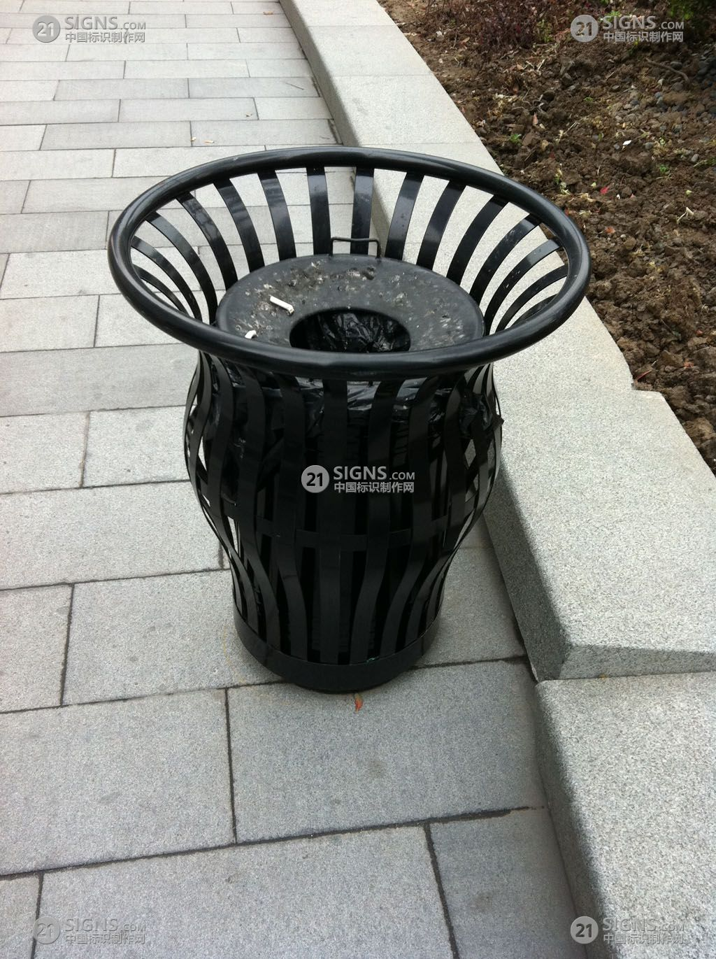 垃圾桶设计图