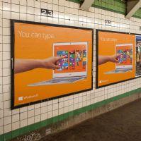 Windows品牌标识广告灯箱设计图