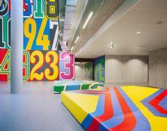 阿迪达斯健身中心喷绘设计图