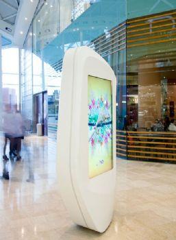 伦敦Westfield 商场导视系统设计广告灯箱设计图