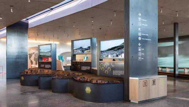 游客中心导视设计广告灯箱设计图