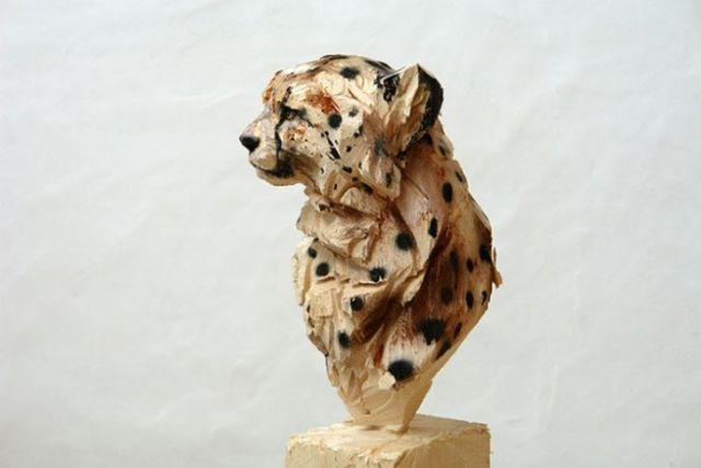 美陈木刻雕塑品欣赏