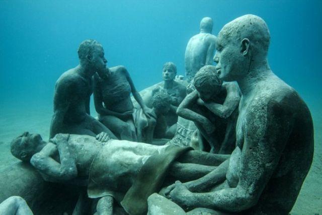 海底雕塑公园艺术品陈列欣赏橱窗陈列设计图