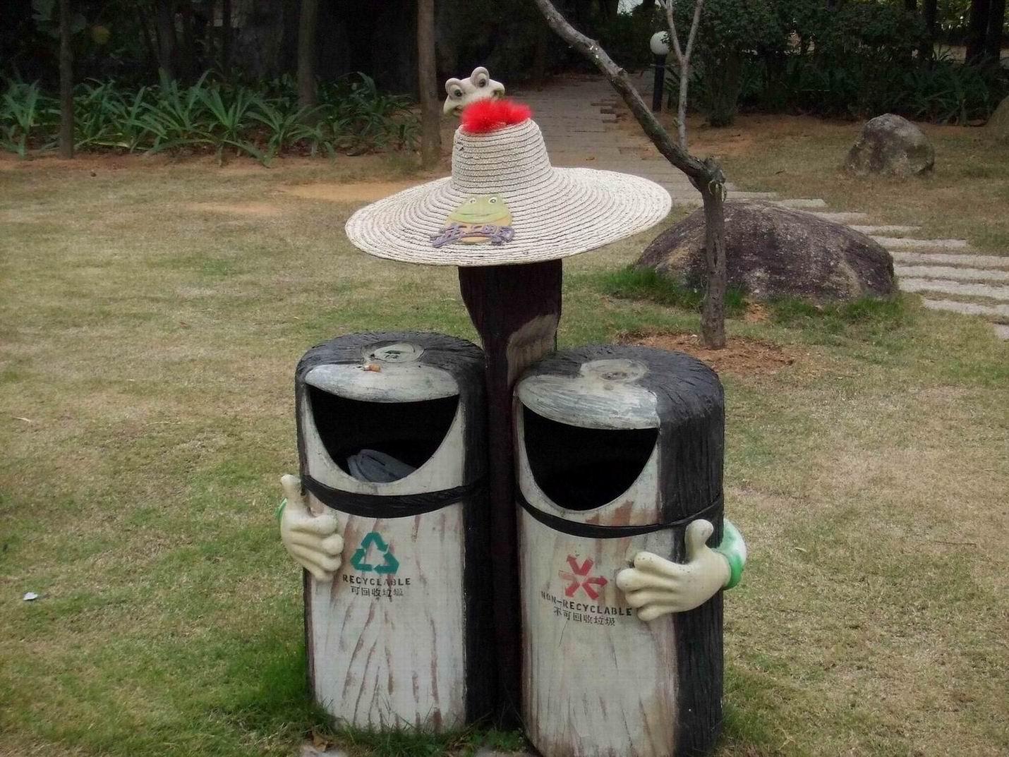 """国内外""""环境卫士""""搞怪垃圾桶设计欣赏"""